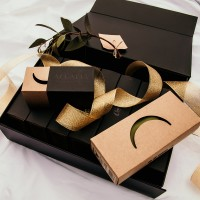 Accalia - Cup and Underwear Gift Box